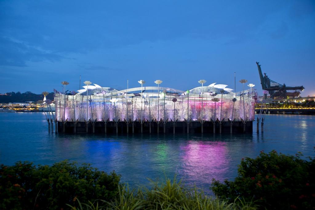 Universal Studios Singapore Resorts World Santosa Crane Dance (11).jpg