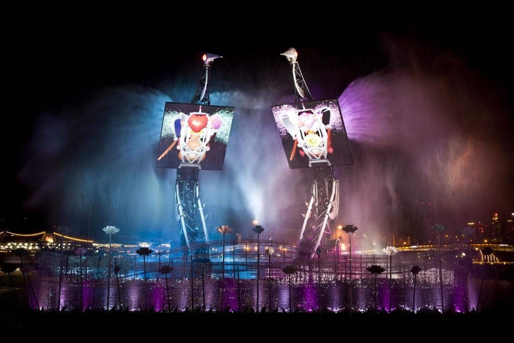 Universal Studios Singapore Resorts World Santosa Crane Dance (3).jpg