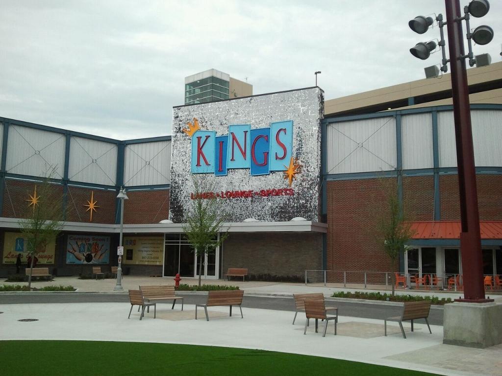 Kings Bowling Rosemont, IL SolaRay sign (1).jpg
